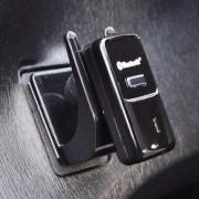 日本 YAC 汽車用藍牙藍芽耳機掛勾收納