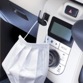 日本 YAC 汽車用口罩專用掛鉤掛勾