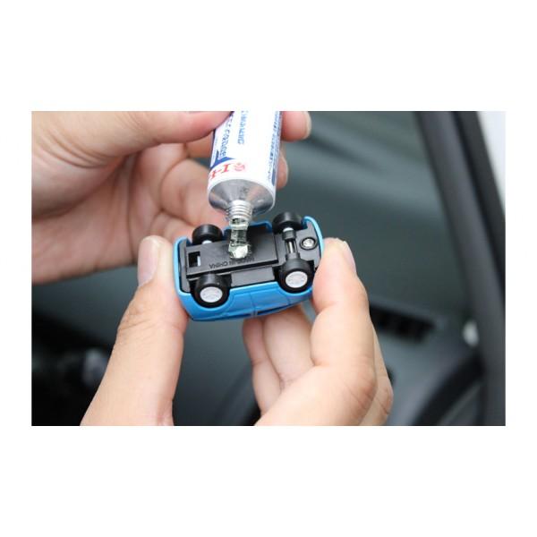 日本製 AMON 汽車用 可撕膠水 香水座 搖頭公仔 Figure 固定
